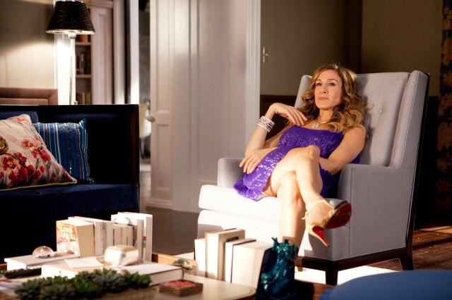 sex_and_the_city_2_carrie-at-home-apartment